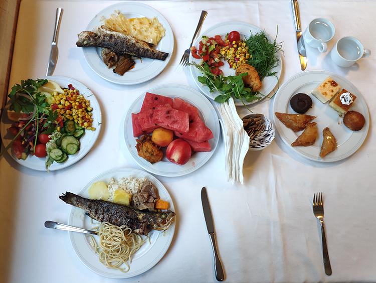 ужин в Алара Отель