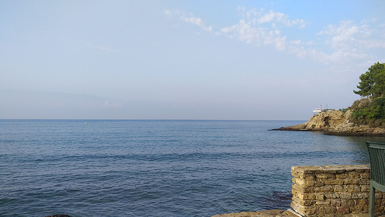 море чистое