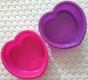 миски в виде сердечек